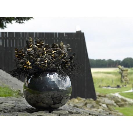 Metal Glaze Globe Ceramic